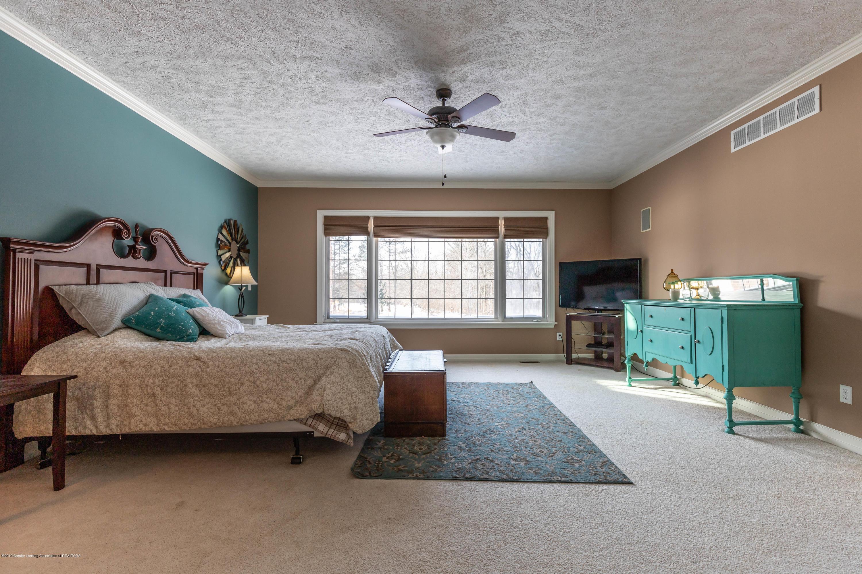 1325 N Waverly Rd - Bedroom - 33