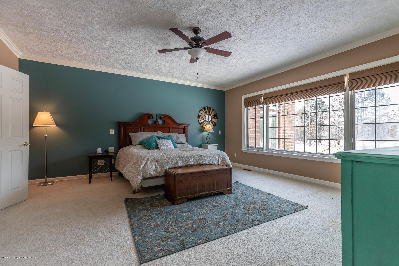 1325 N Waverly Rd - Bedroom - 34