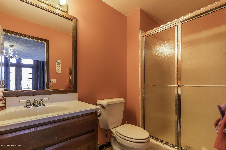 1325 N Waverly Rd - Bathroom - 54