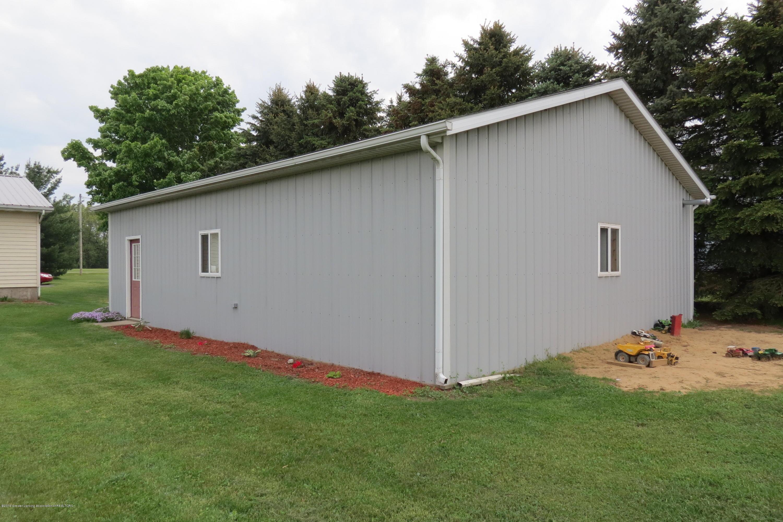 8657 E Maple Rapids Rd - Pole Barn - 38