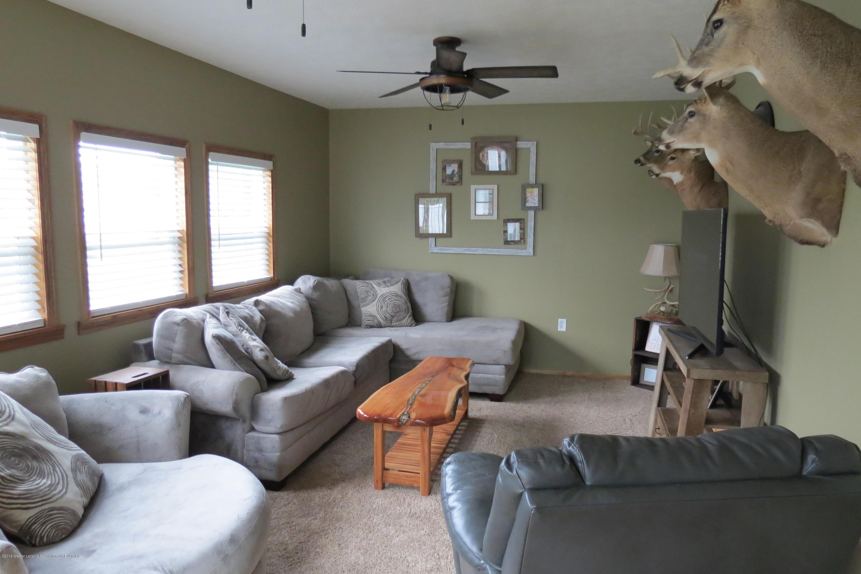 8657 E Maple Rapids Rd - Living Room - 11