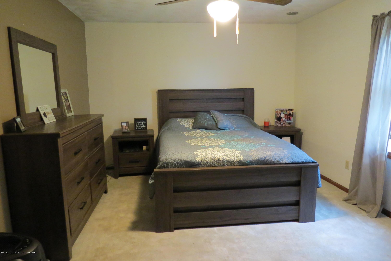 8657 E Maple Rapids Rd - Master Bedroom - 14