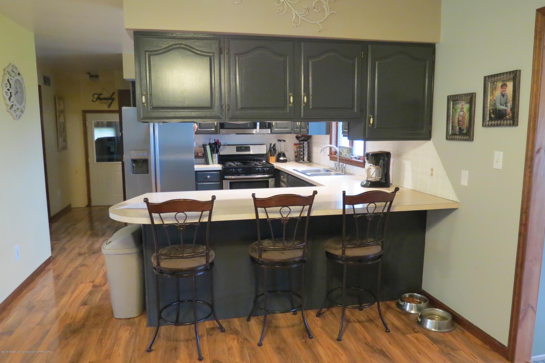 8657 E Maple Rapids Rd - Kitchen - 8