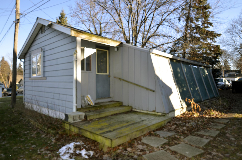 15871 Short St - 15871 short st guest patio - 8