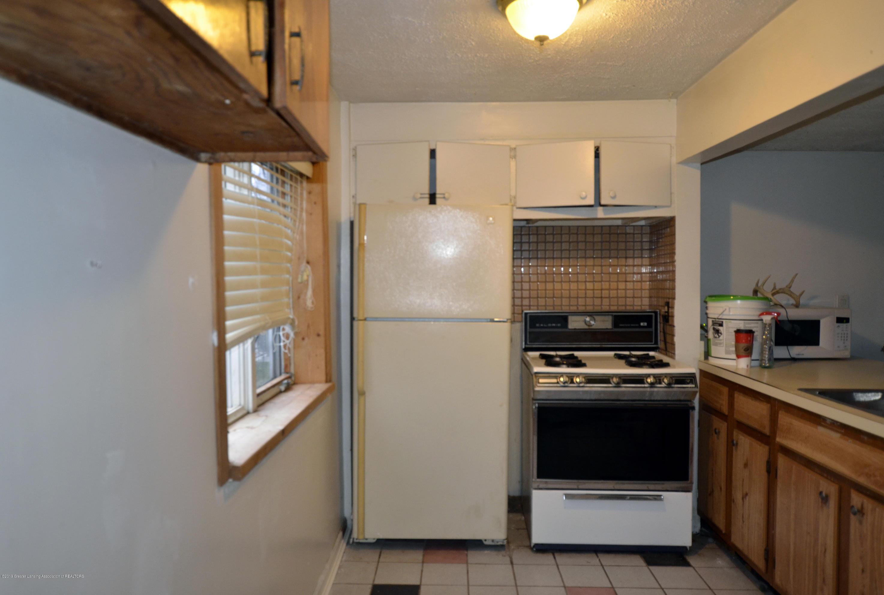 15871 Short St - 15871 Short St kitchen - 9