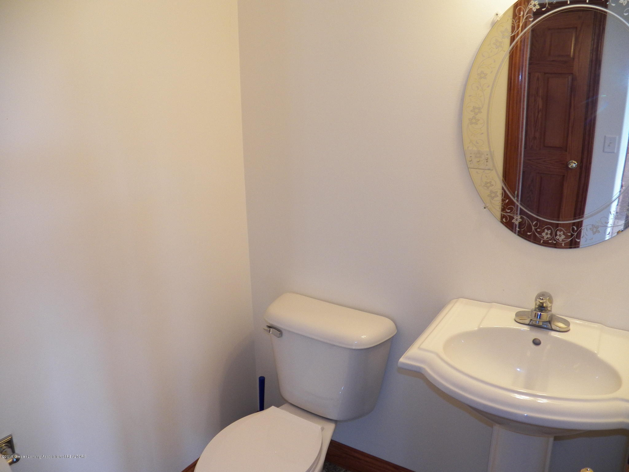 8226 Amaryllis Way - half bath - 20