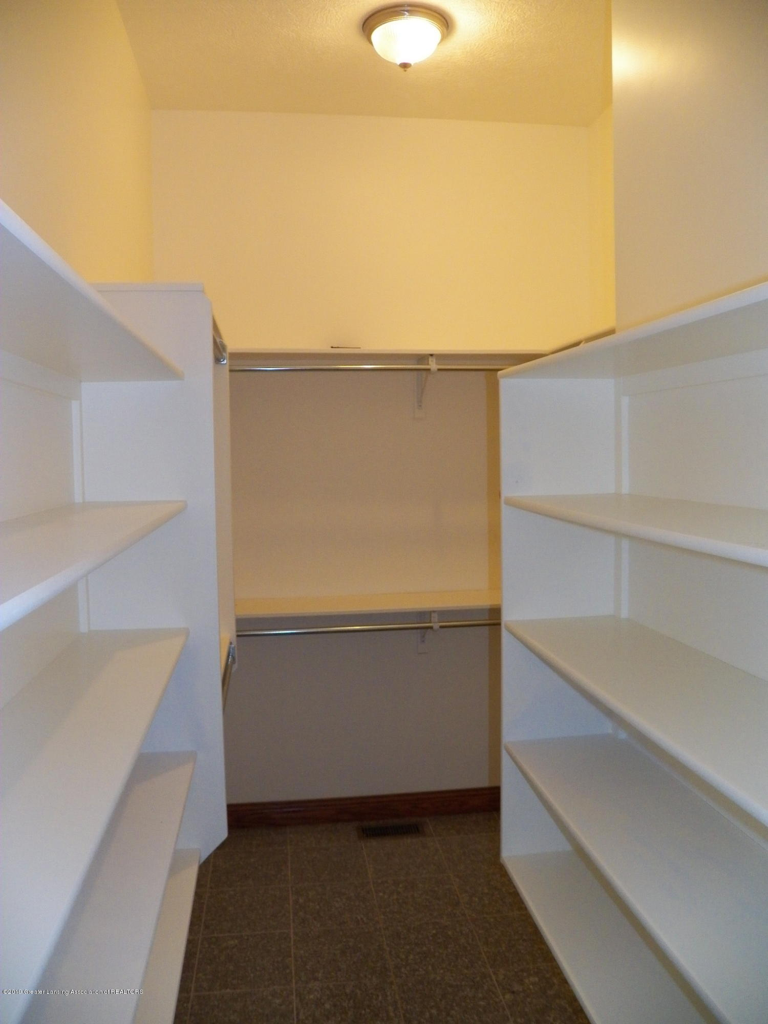 8226 Amaryllis Way - master closet - 10