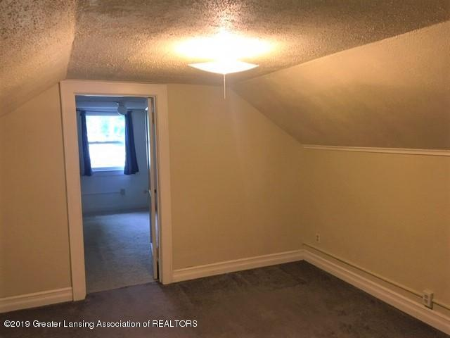 619 N Foster Ave - Bedroom 2 - 18