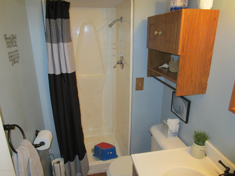 217 Elmshaven Dr - Bathroom - 8