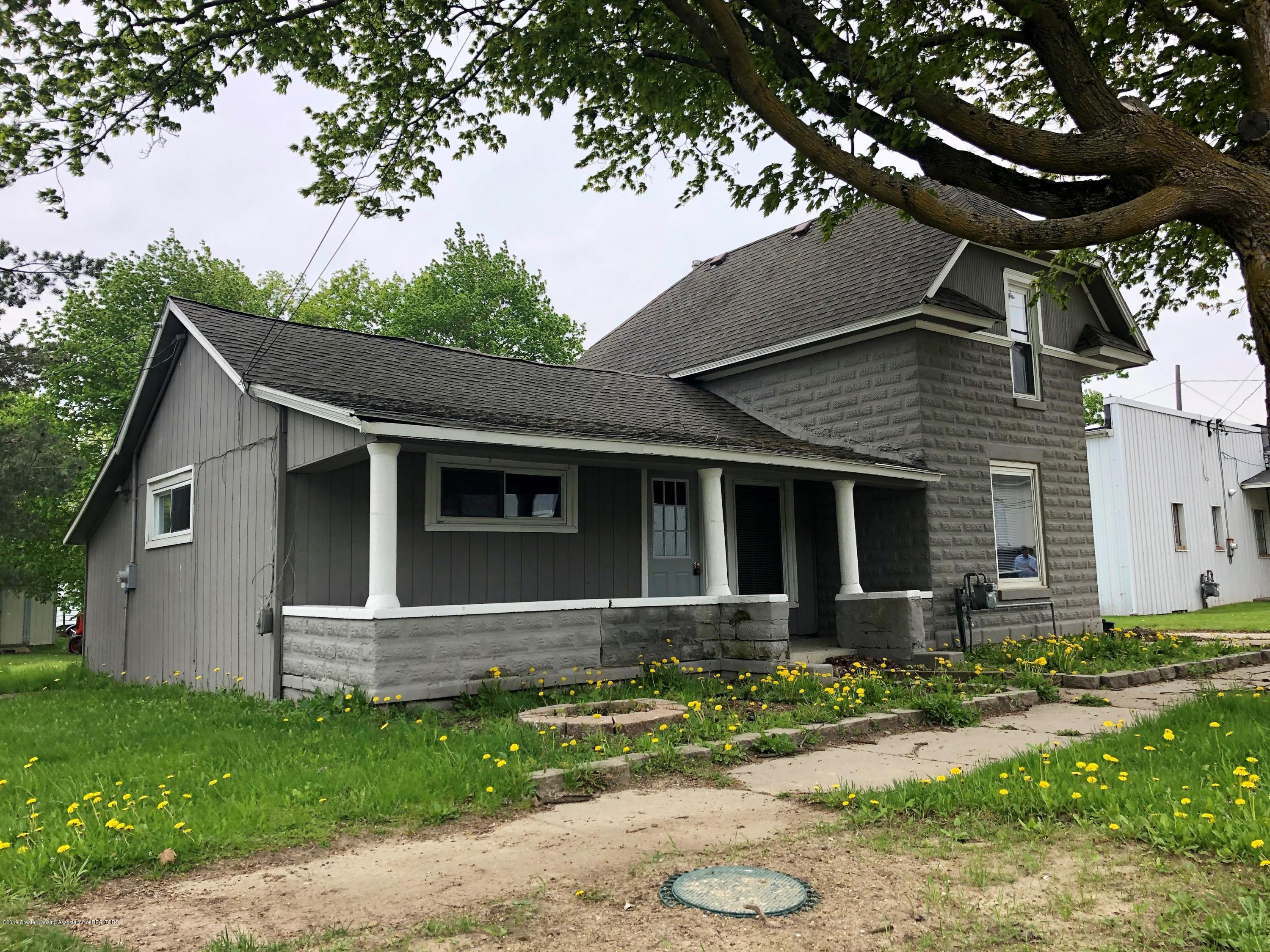 112 State St - front house - 5