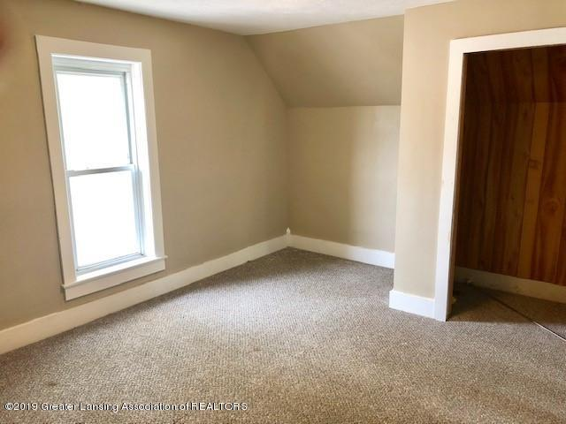 112 State St - room 2 - 8