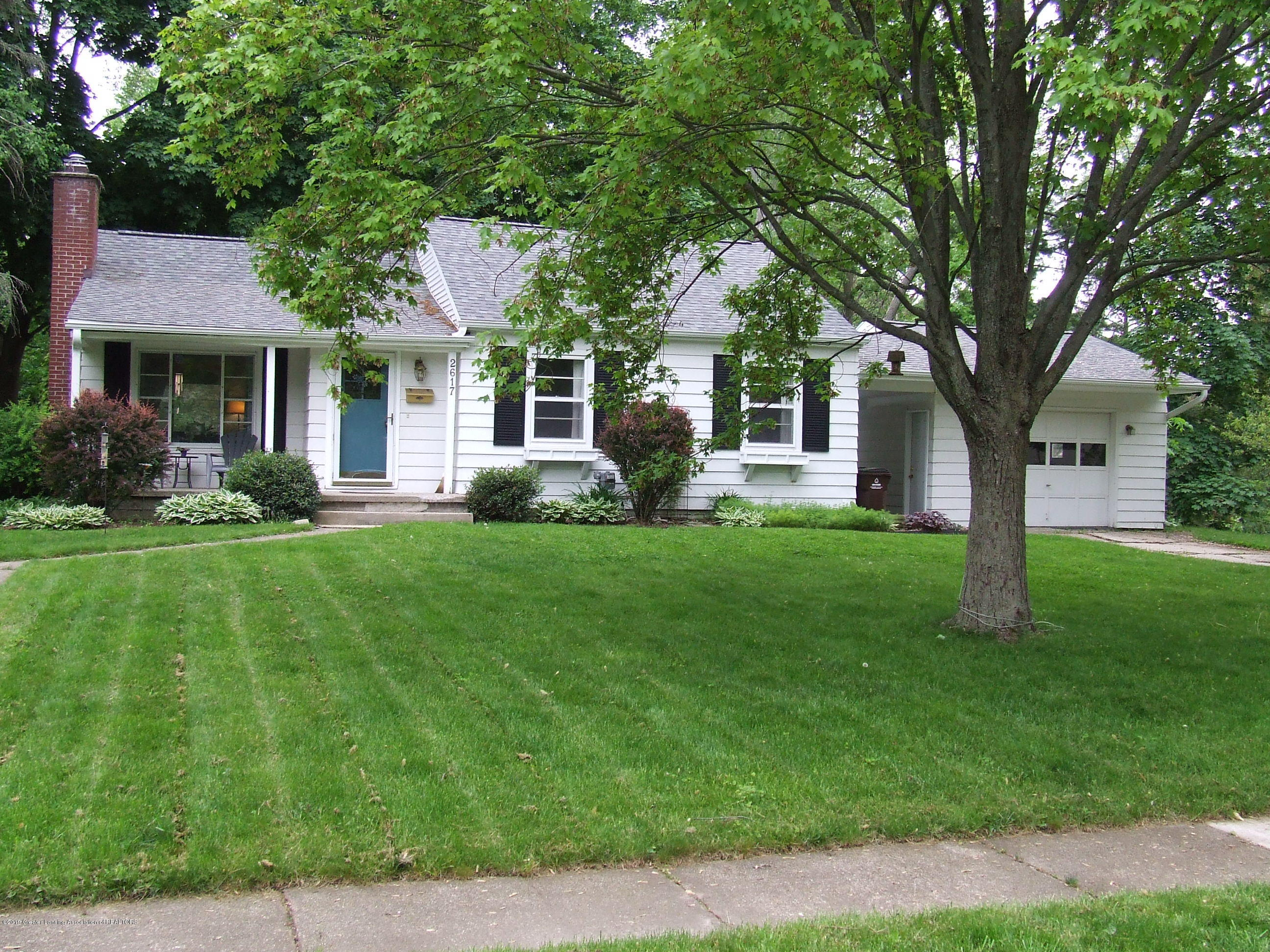 2617 Edgebrook Dr - Front exterior - 1