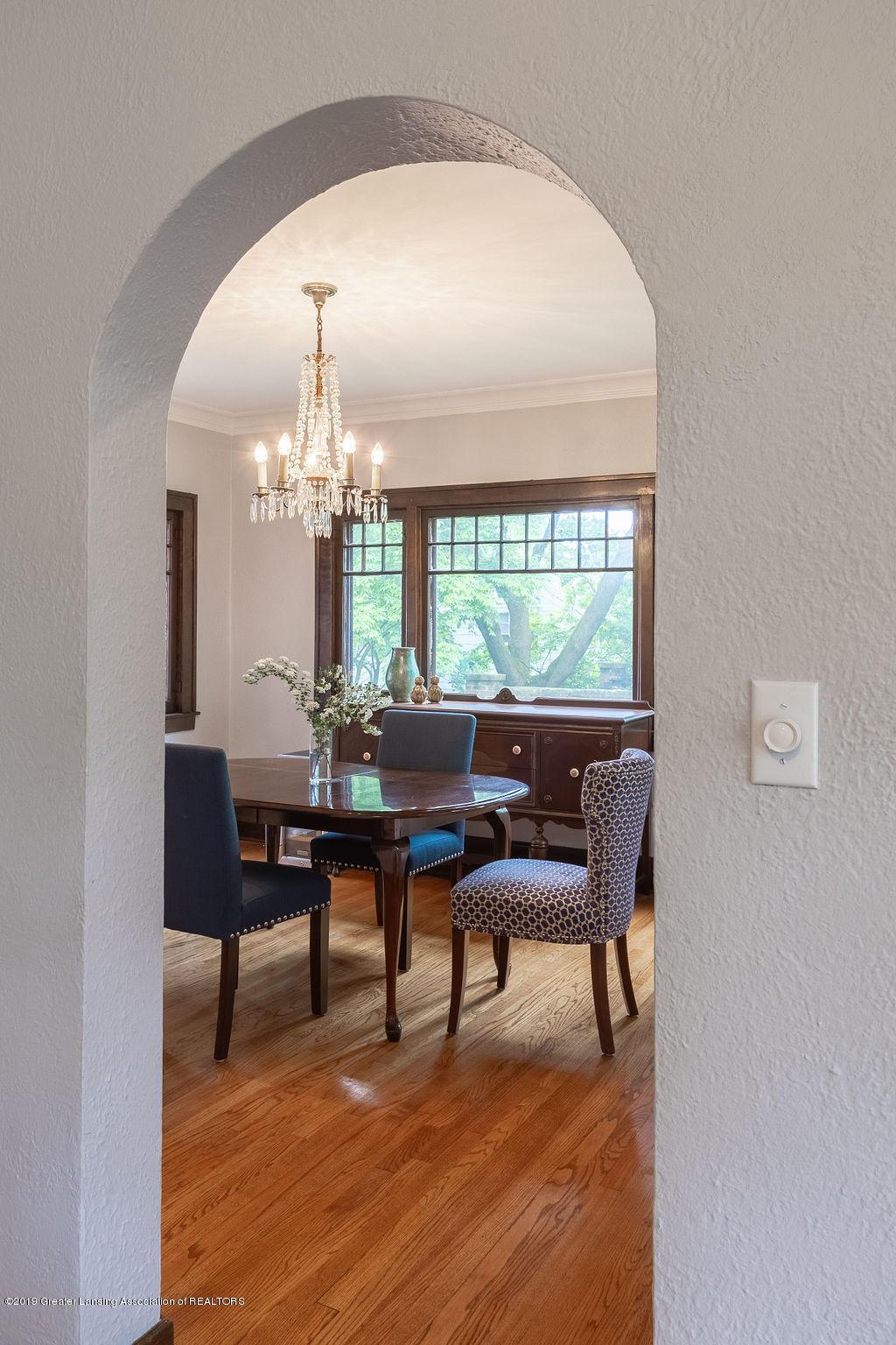 935 Huntington Rd - dining room - 10