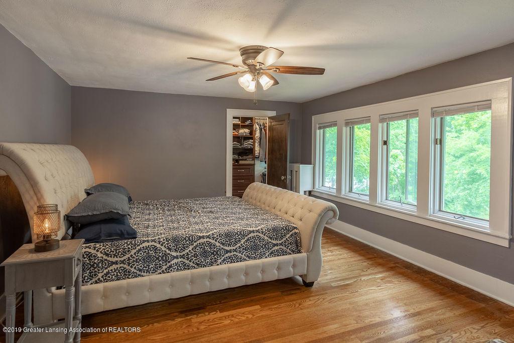 935 Huntington Rd - master bedroom - 35