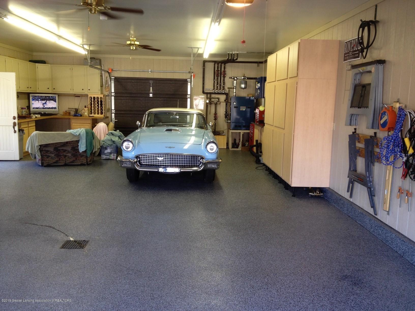 432 Whitehills Dr - garage - 4