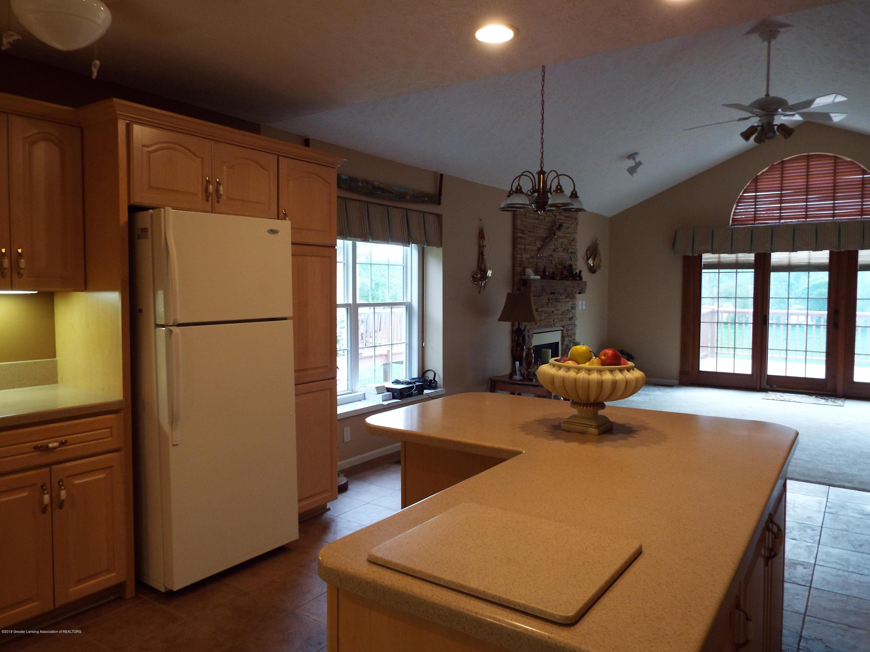 704 Pine Meadow Ln - Kitchen - 6
