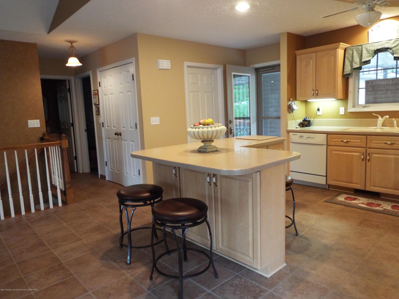704 Pine Meadow Ln - Kitchen - 8