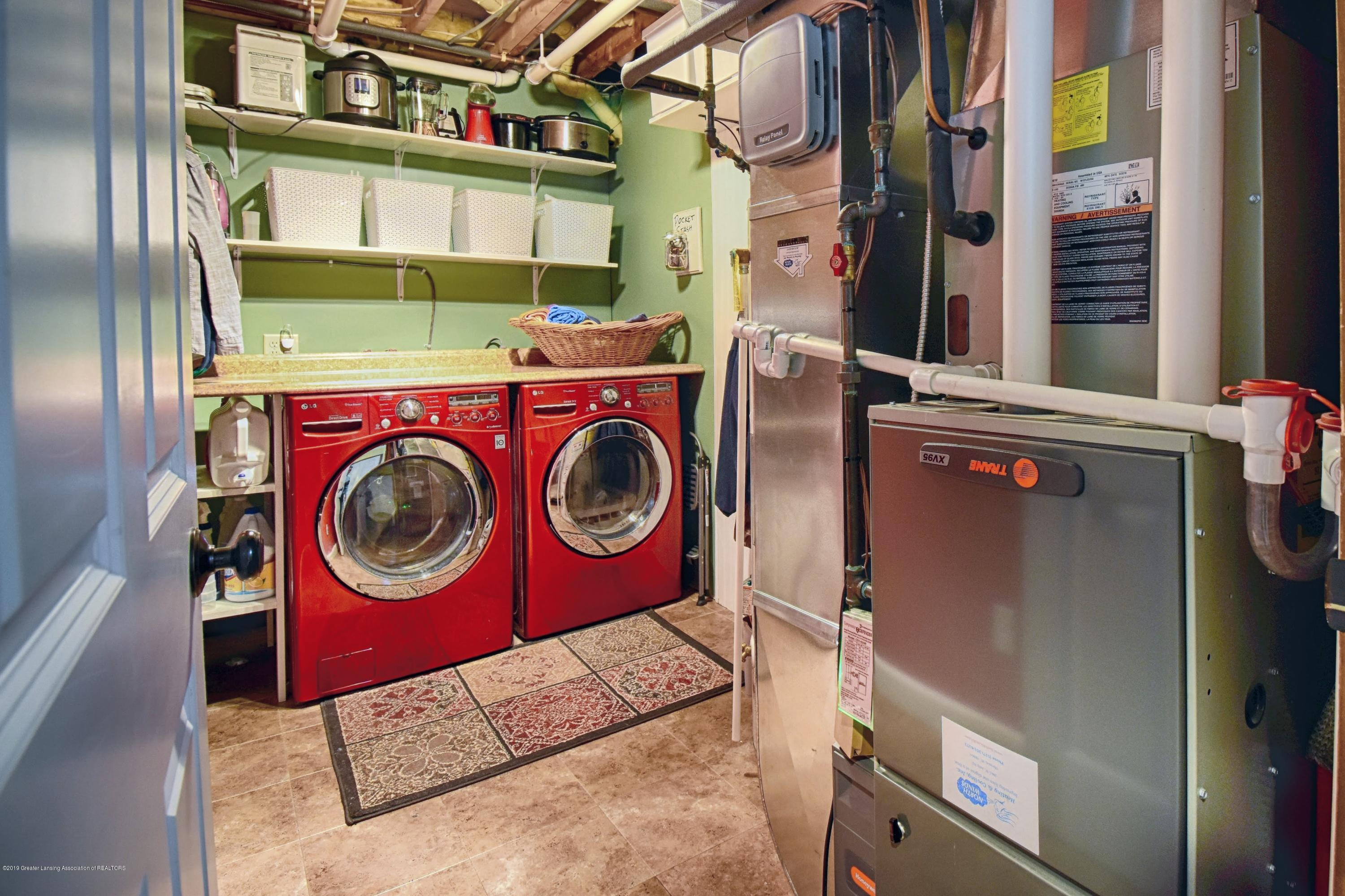 2393 Sower Blvd - Laundry - 23