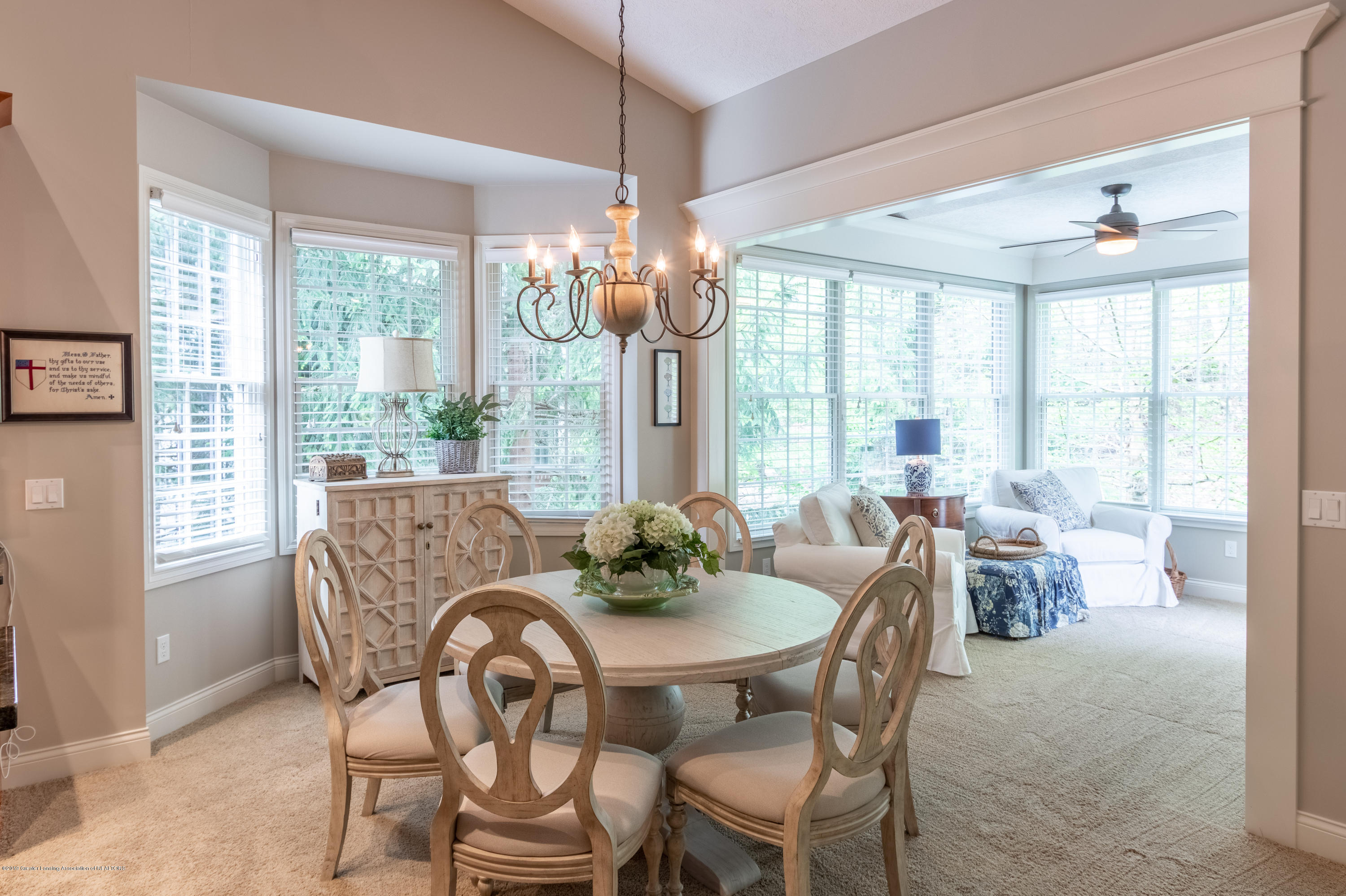 6155 Graebear Trail - Dining area with bay window - 17