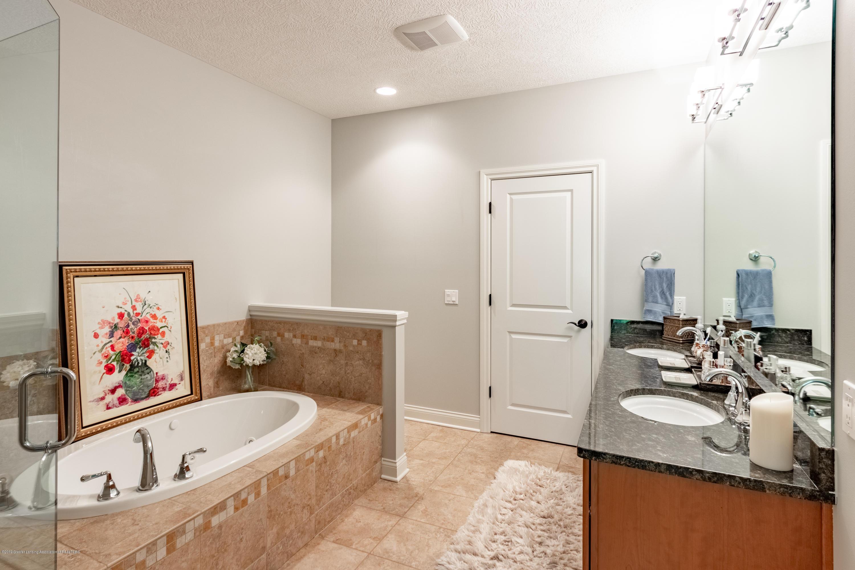 6155 Graebear Trail - Master bath w/linen closet - 27