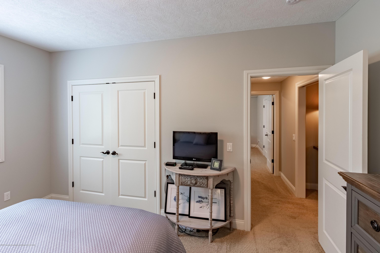 6155 Graebear Trail - Bedroom closet - 38