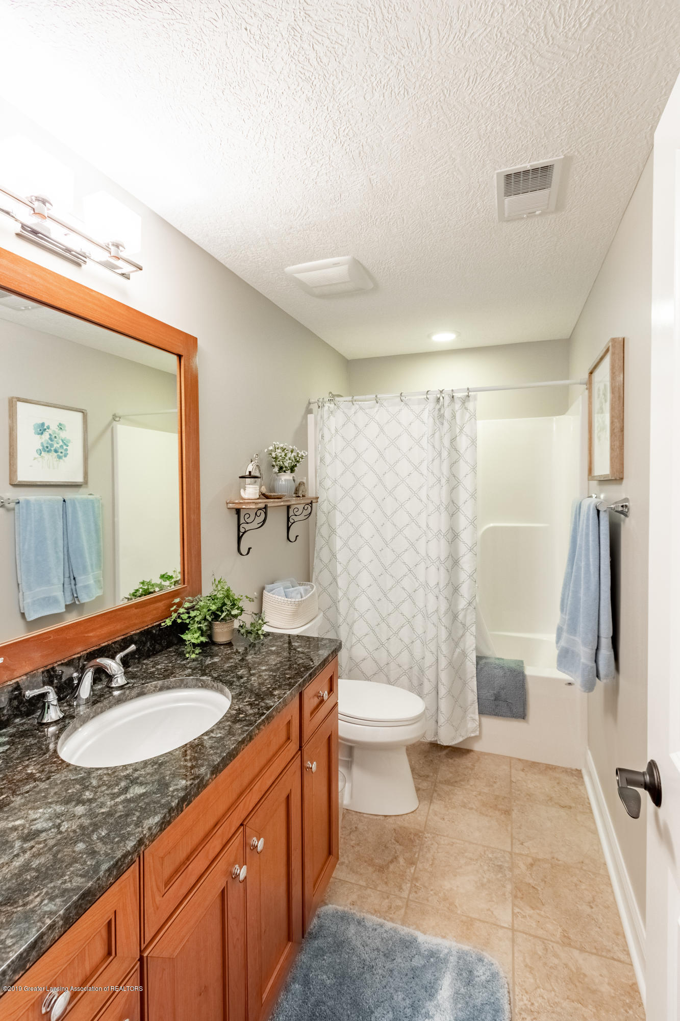 6155 Graebear Trail - Lower level bath - 40