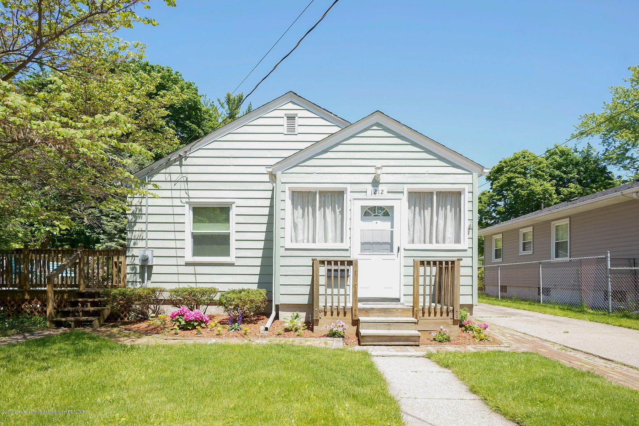 1212 Cooper Ave - Front - 1