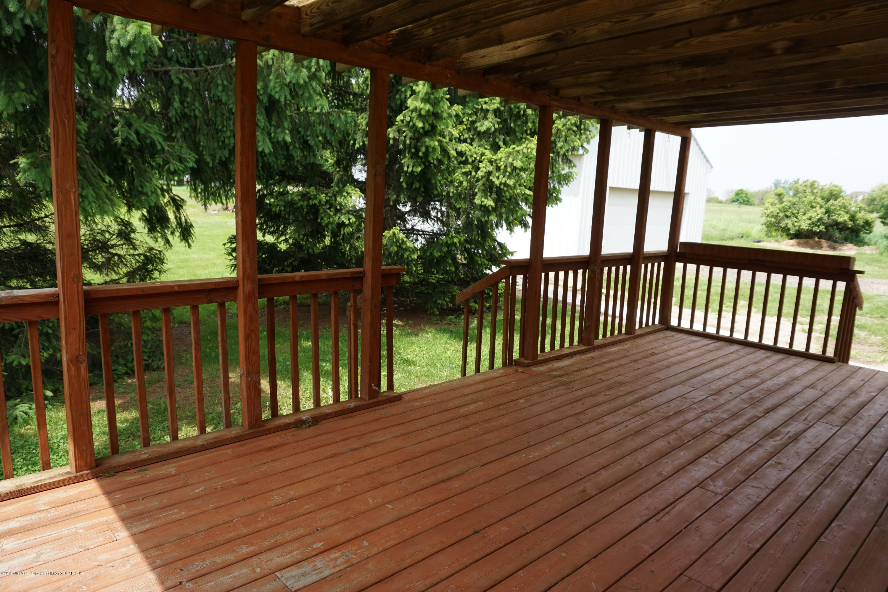 5780 Leland Rd - Porch off Dining Room - 9