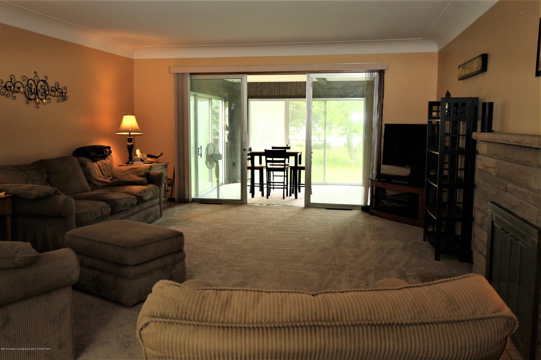 833 S Lansing St - 4. Living Room - 4