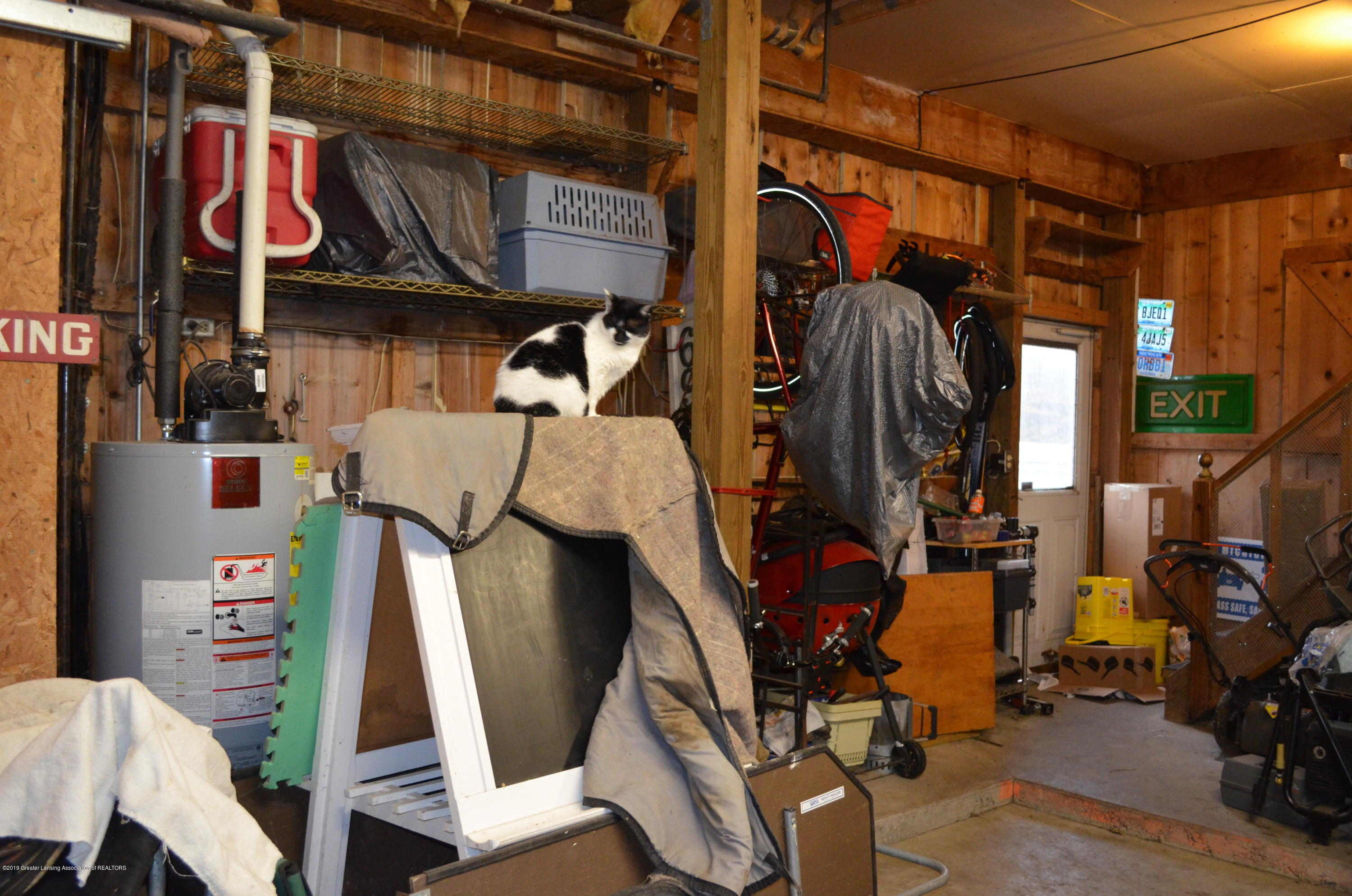 693 Grovenburg Rd - Interior Barn - 54