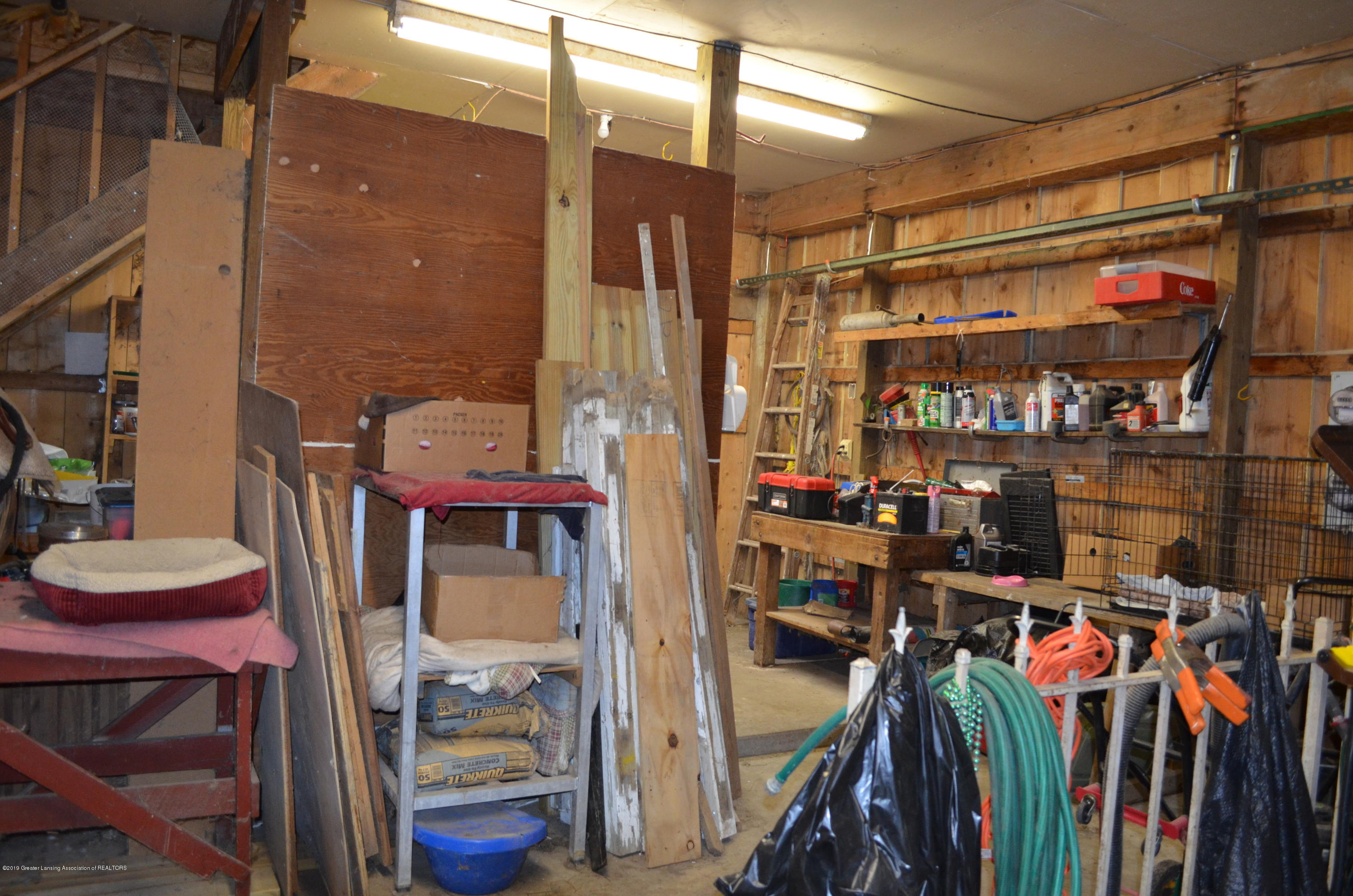 693 Grovenburg Rd - Tack Room - 56