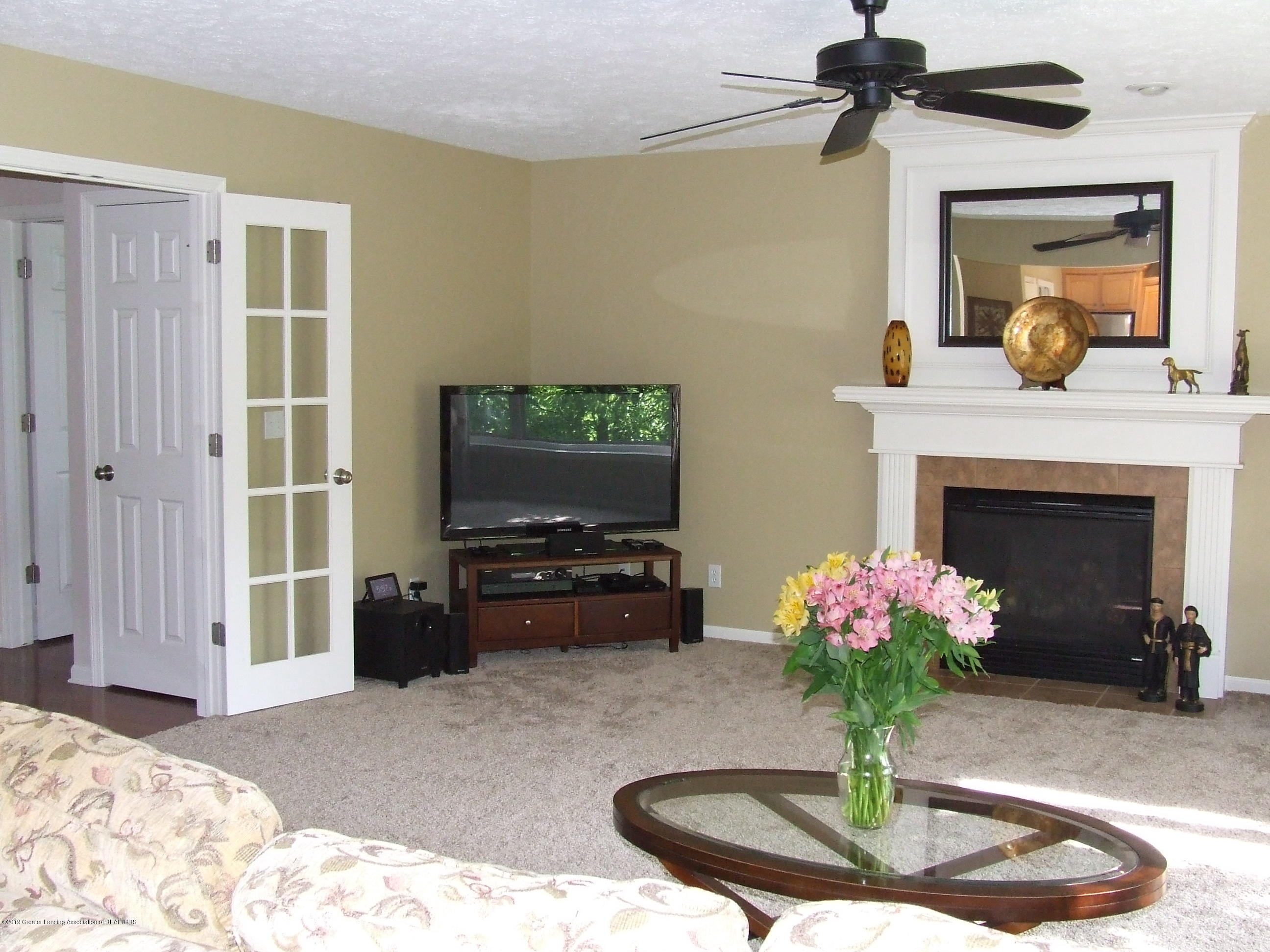 11587 Gold Fields Dr - Living room with fireplace - 6