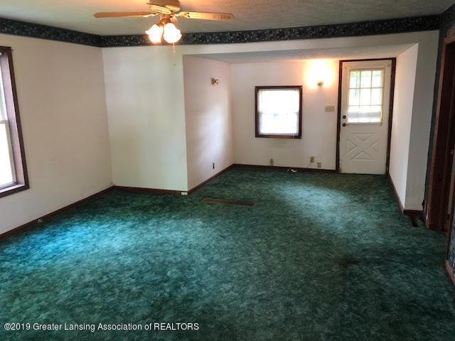 536 Forest St - 3 Living Room - 3