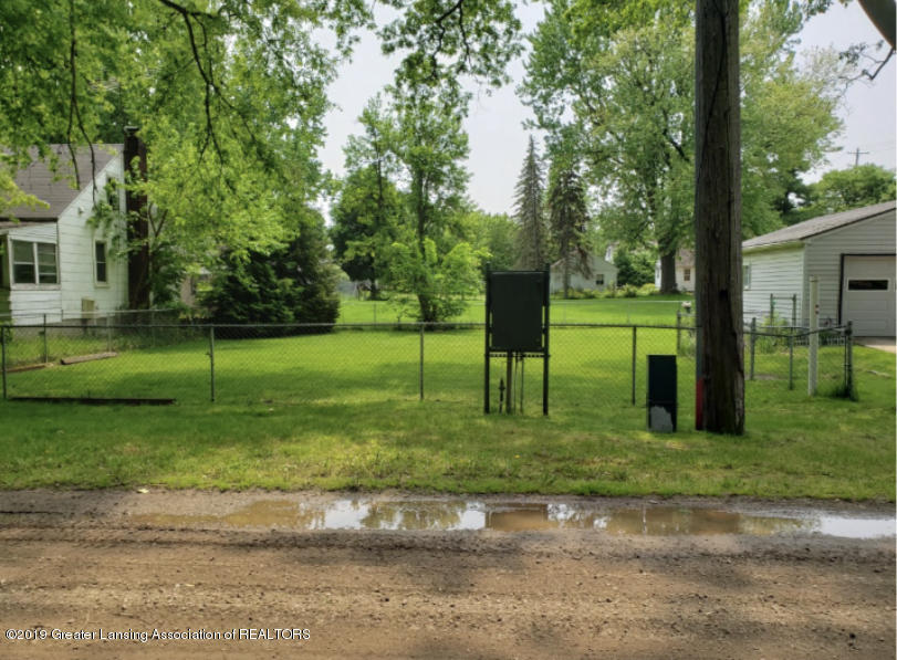 1517 Muskegon Ave - Vacant Lot - 1