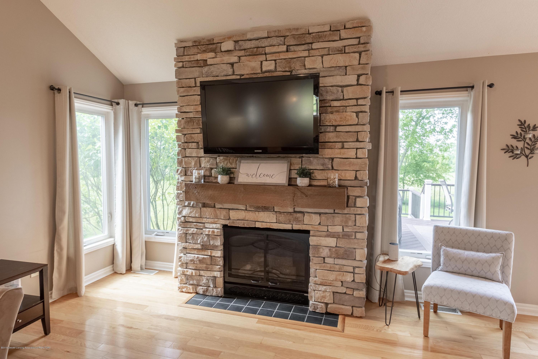 7315 Cross Creek - Fireplace - 15