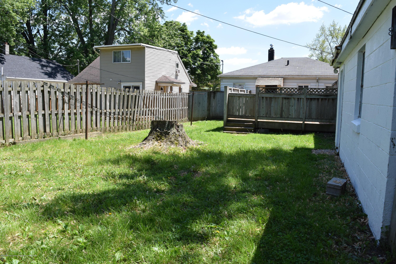 619 Hunter Blvd - 17 Backyard 2 - 17