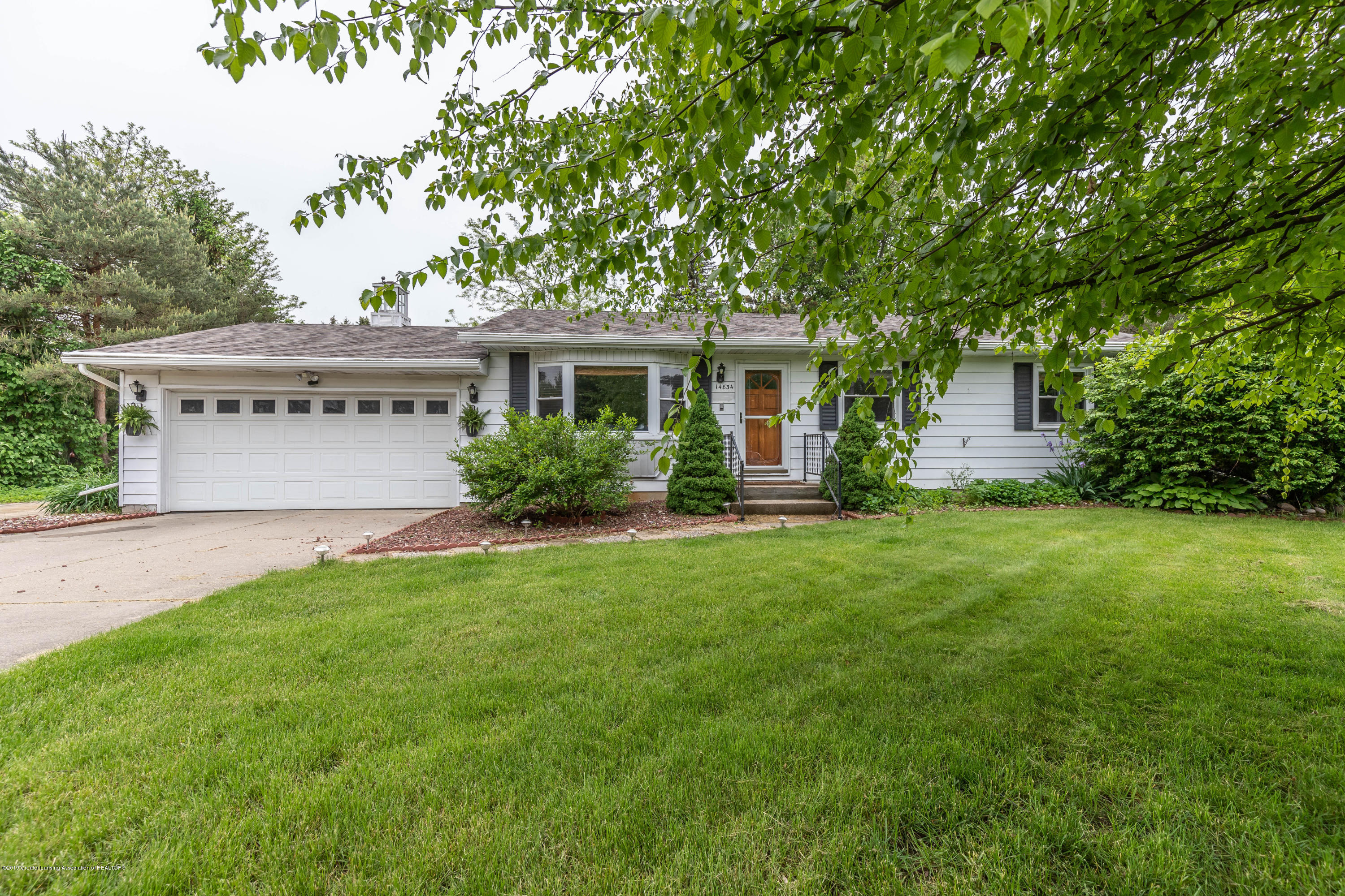 14834 Idylcrest Dr - Front - 1