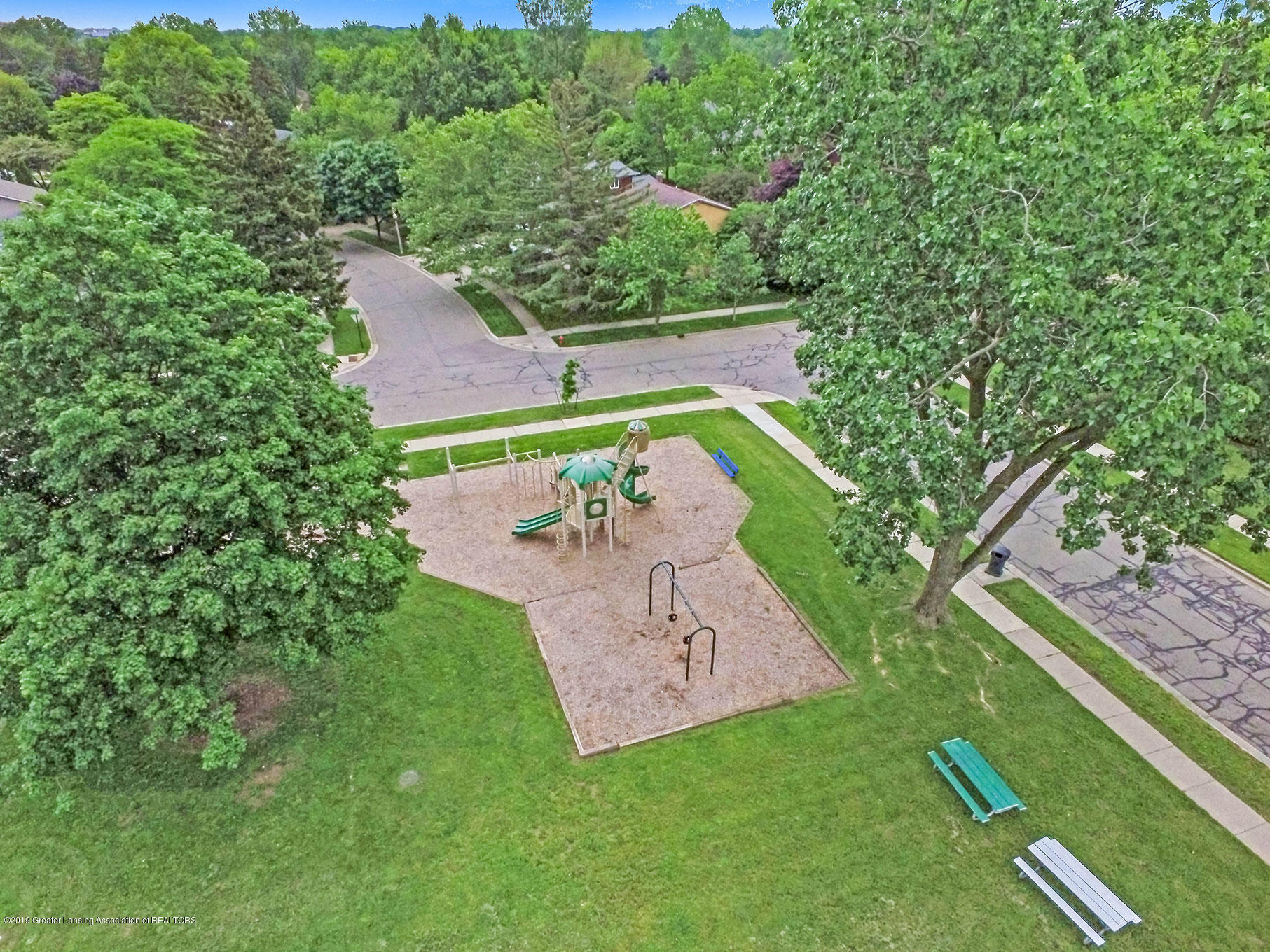 992 Touraine Ave - DJI_0001 - 50
