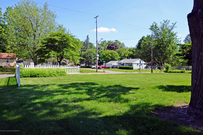 433 W Miller Rd - 5Side Yard - 5