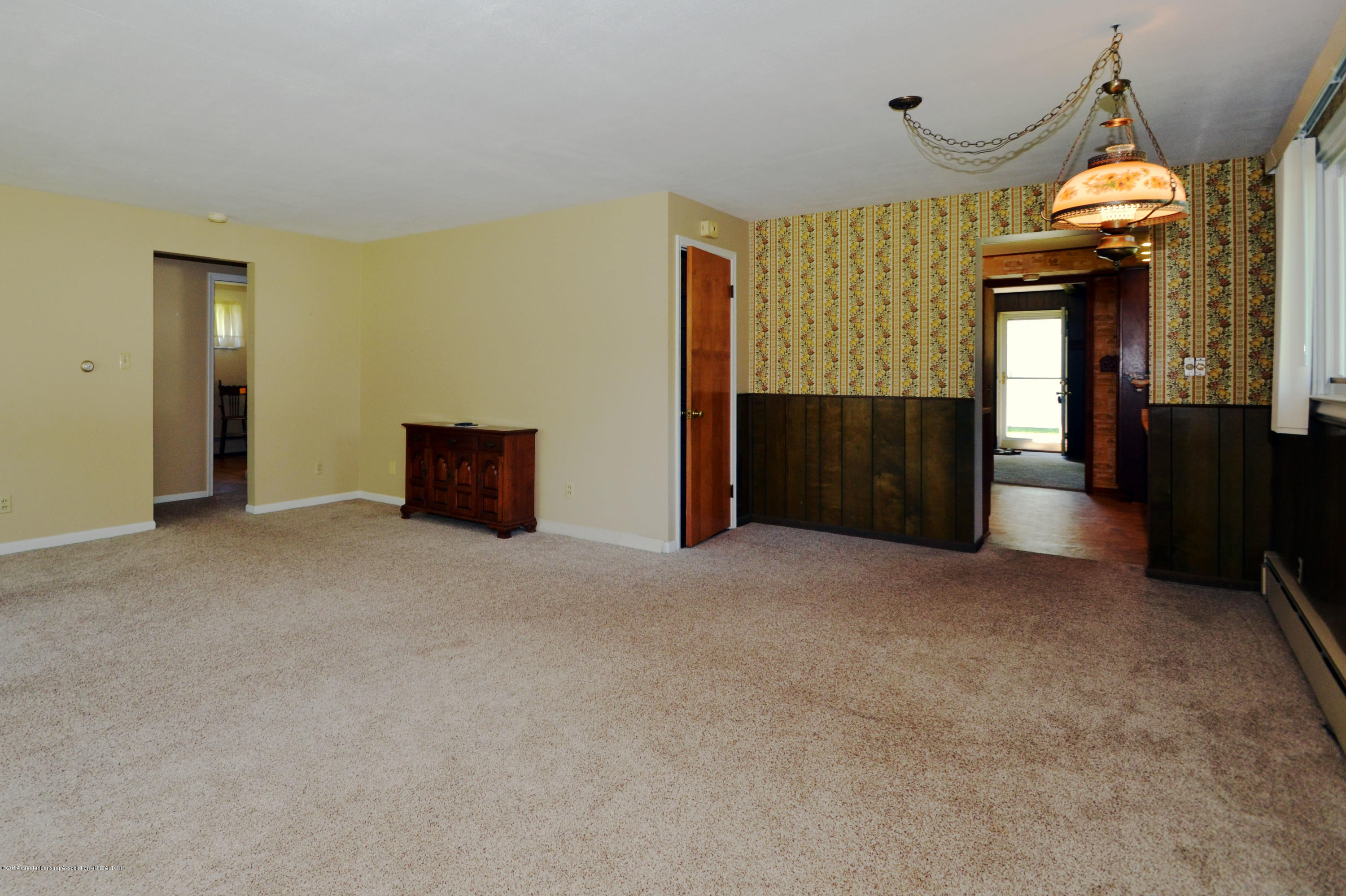 433 W Miller Rd - 7Dining Area - 7