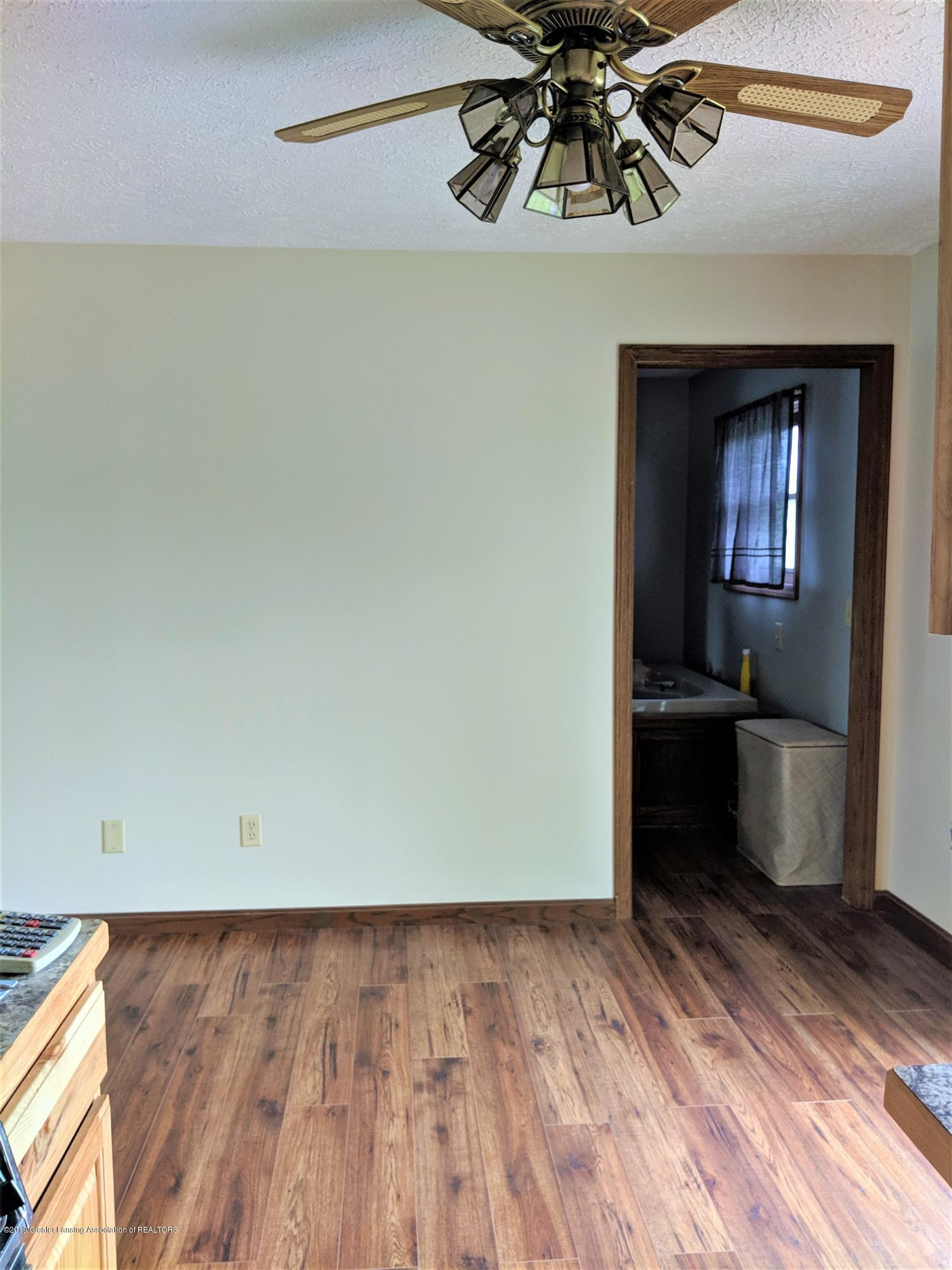 6111 S Morrice Rd - kt to dining room - 16