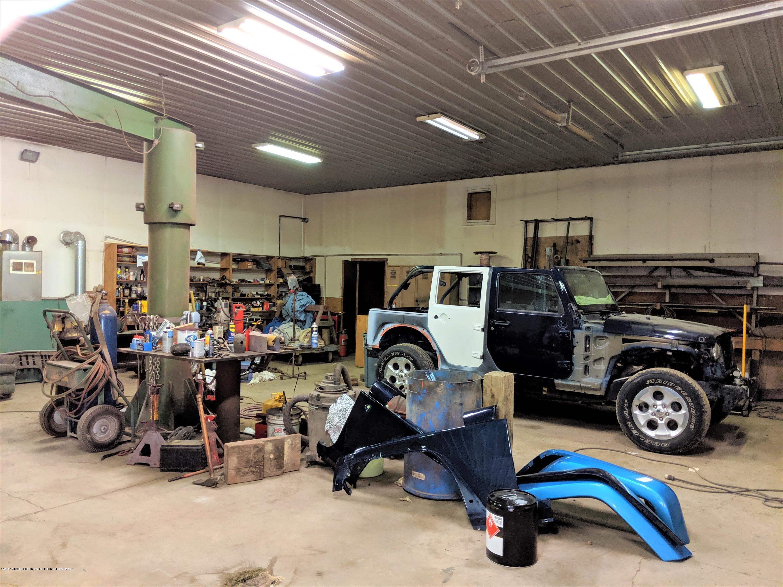 6111 S Morrice Rd - inside of shop - 21