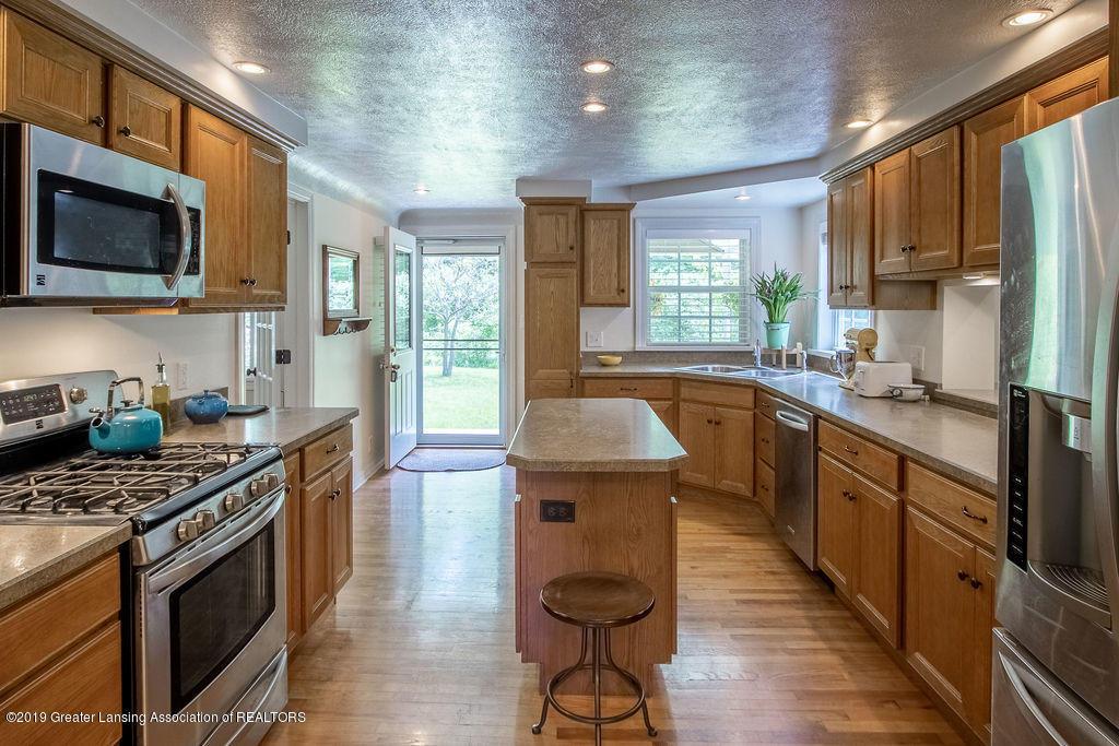 4715 Van Atta Rd - Kitchen - 12