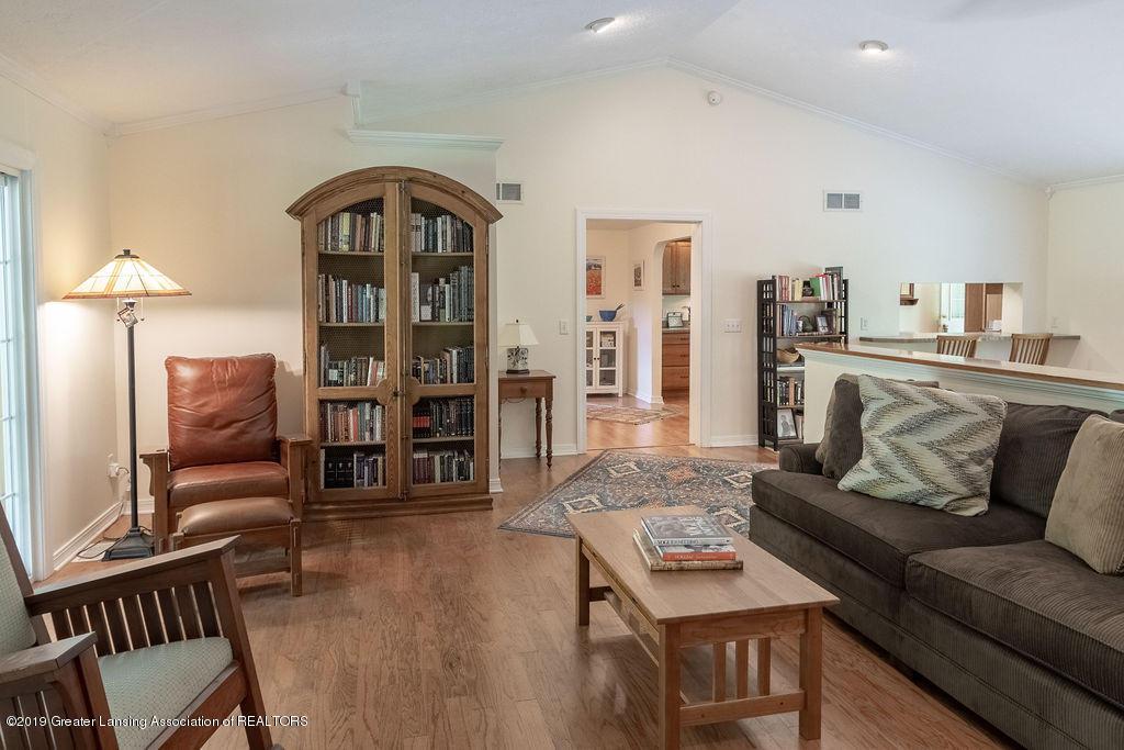 4715 Van Atta Rd - Living Room - 17