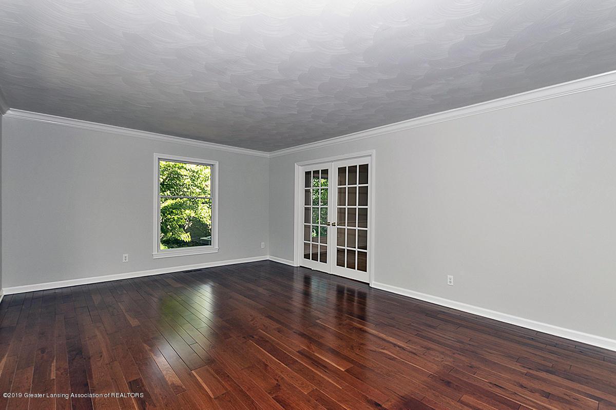 1720 Foxcroft Rd - Living Room - 7
