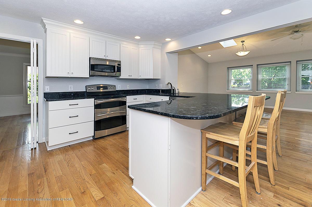 1720 Foxcroft Rd - Kitchen - 12