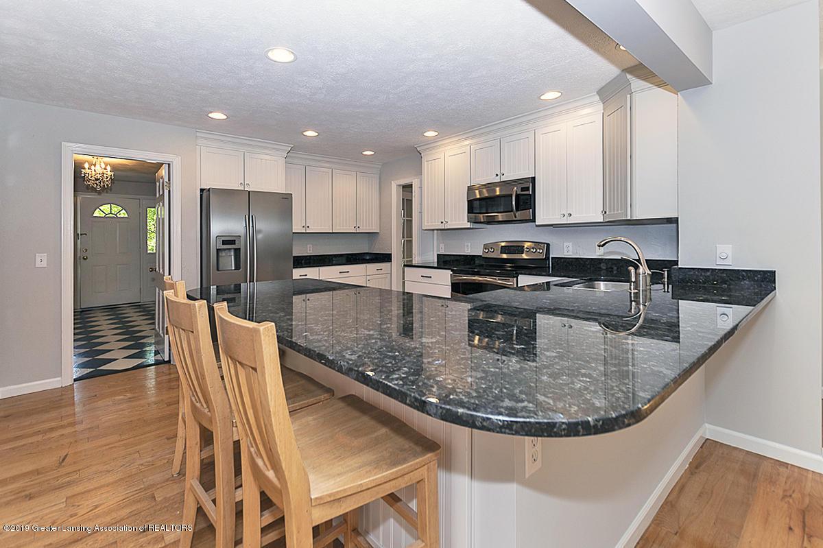 1720 Foxcroft Rd - Kitchen - 14