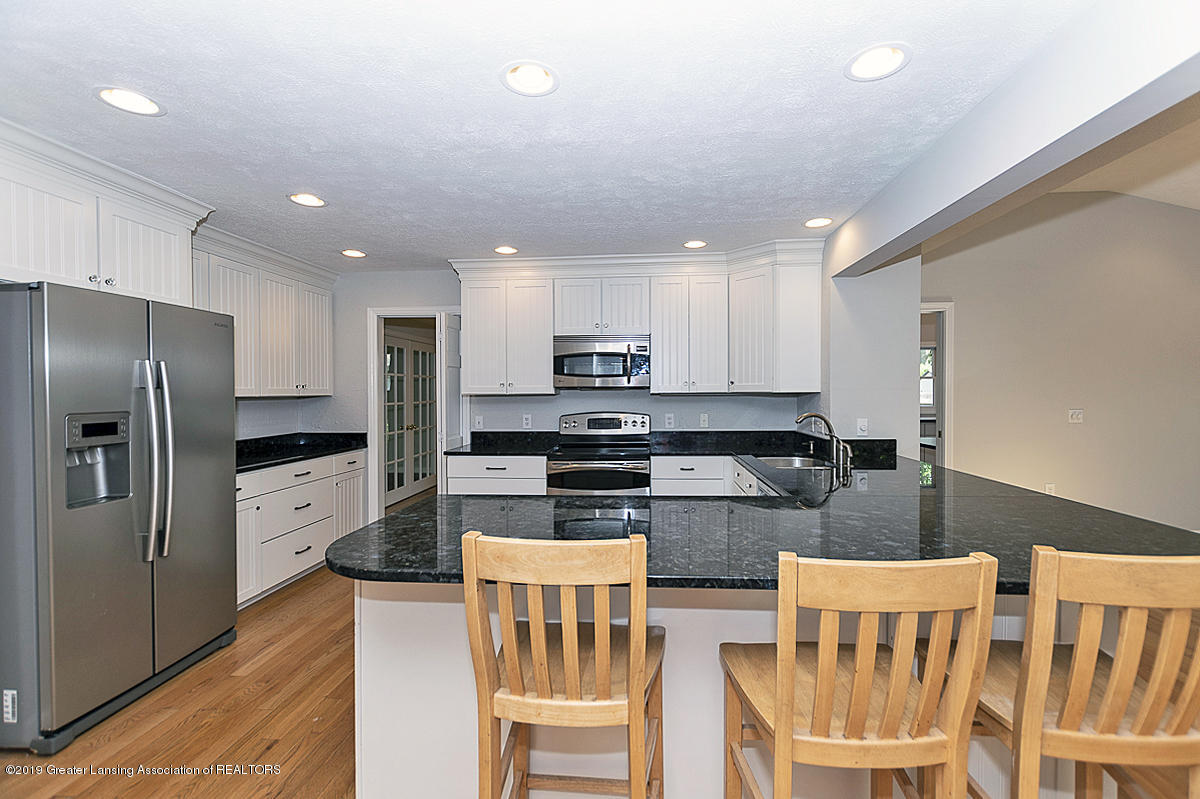 1720 Foxcroft Rd - Kitchen - 13