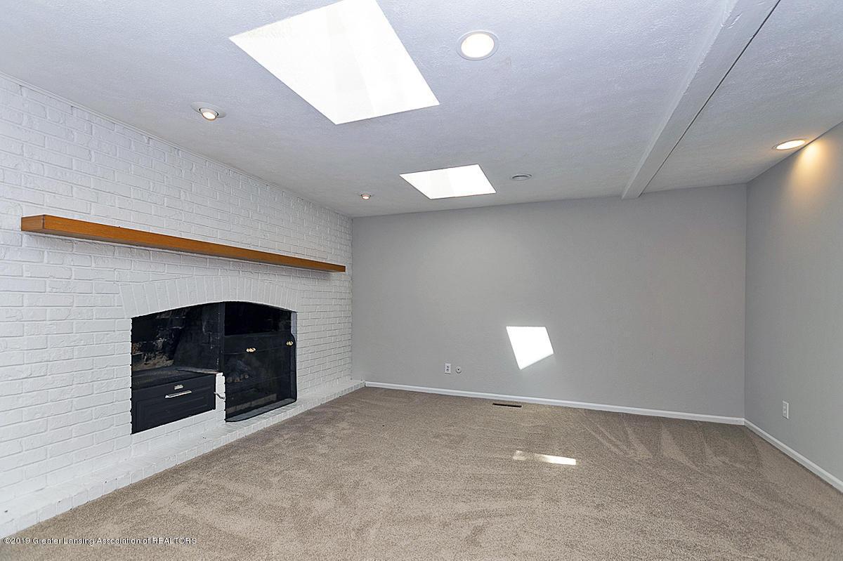 1720 Foxcroft Rd - Family Room - 25