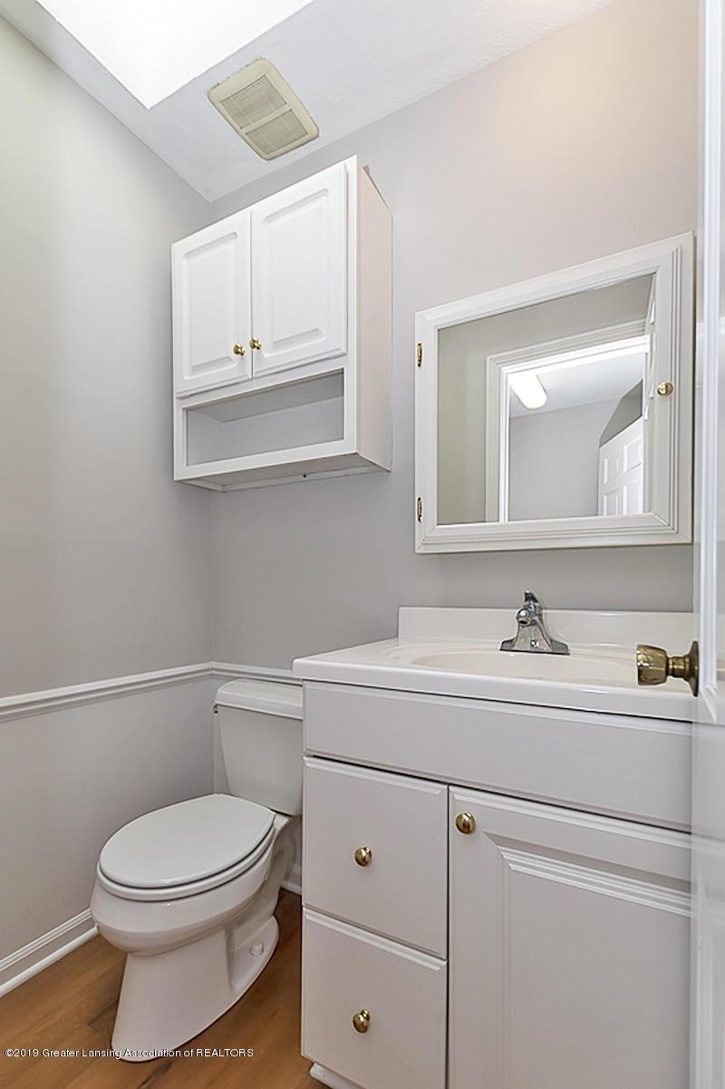 1720 Foxcroft Rd - 1st Floor 1/2 Bath - 26